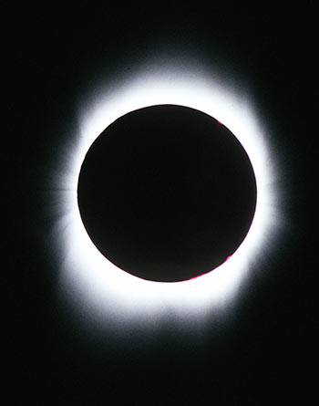 Total Solar Eclipse, Aruba; Feb. 26, 1998. Photo: Mark D Phillips